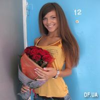 9 red roses - Photo 1