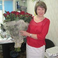 Bouquet of 65 red roses - Photo 1