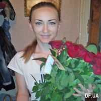 Bouquet of 17 red roses - Photo 1