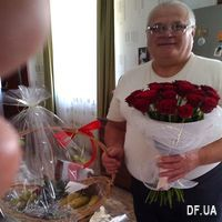 Good bouquet of red roses - Photo 1