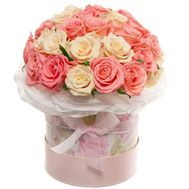31 roses in a hat box - flowers and bouquets on df.ua