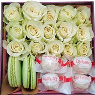 Box of flowers and sweets - flowers and bouquets on df.ua