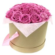 Box with pink roses - flowers and bouquets on df.ua