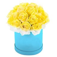 Box of yellow roses - flowers and bouquets on df.ua