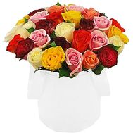 Beautiful roses in a hat box - flowers and bouquets on df.ua