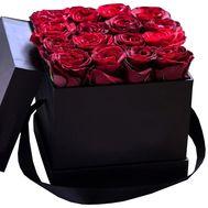 Красные розы в черной коробке - цветы и букеты на df.ua