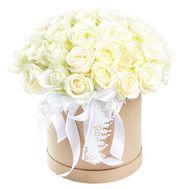 Круглая коробка 35 белых роз - цветы и букеты на df.ua