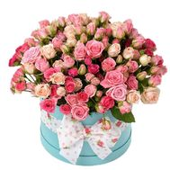 Shrub roses in a round box - flowers and bouquets on df.ua