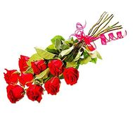 A small bouquet of imported roses - flowers and bouquets on df.ua
