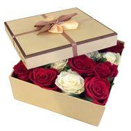 Разноцветные розы в коробке - цветы и букеты на df.ua
