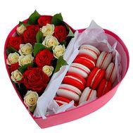Розы в коробке сердцем - цветы и букеты на df.ua