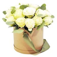 Roses in a round box to buy - flowers and bouquets on df.ua