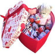 Сладости в коробке с мишкой - цветы и букеты на df.ua