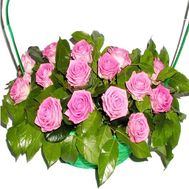 Bouquet of flowers in a basket to buy - flowers and bouquets on df.ua