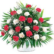 Букет з гвоздик в кошику - цветы и букеты на df.ua