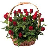 Basket of imported roses - flowers and bouquets on df.ua