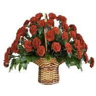 Кошик з червоних гвоздик - цветы и букеты на df.ua