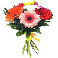 """A small bouquet of gerberas"" in the online flower shop df.ua"