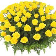 Желтые розы в корзине 101 - цветы и букеты на df.ua