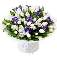 Bouquet of white and blue flowers - flowers and bouquets on df.ua