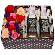 Box of whiskey and flowers to a man - flowers and bouquets on df.ua