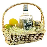 """Basket for a man with a tequila"" in the online flower shop df.ua"