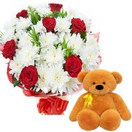 Bear with bouquet - flowers and bouquets on df.ua