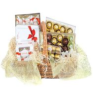 Gift basket for girl - flowers and bouquets on df.ua