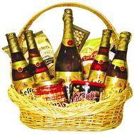 """Gift basket for men"" in the online flower shop df.ua"