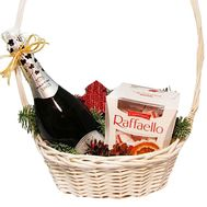 Gift basket of champagne and sweets - flowers and bouquets on df.ua