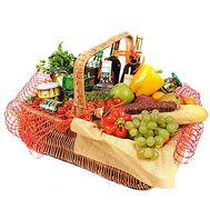 Подарочный продуктовый набор в корзине - цветы и букеты на df.ua