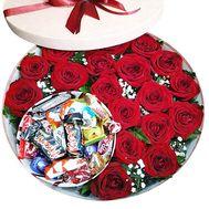 Розы и конфеты - цветы и букеты на df.ua