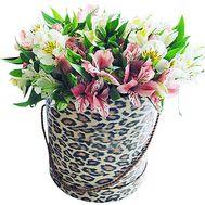 Альстромерии в шляпной коробке - цветы и букеты на df.ua