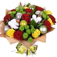 New Year bouquet of roses, chrysanthemums with toys - flowers and bouquets on df.ua