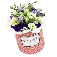 Шляпная короба с эустомами - цветы и букеты на df.ua