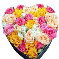 Heart-shaped gift - flowers and bouquets on df.ua