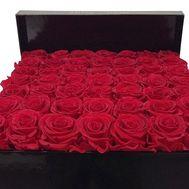 35 красных роз в коробке - цветы и букеты на df.ua