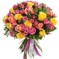 Bouquet of large and small roses - flowers and bouquets on df.ua