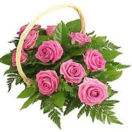 Bouquet of roses in a basket - flowers and bouquets on df.ua