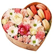Flower box with sweets - flowers and bouquets on df.ua