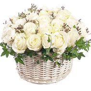 Basket of white roses with verdure - flowers and bouquets on df.ua