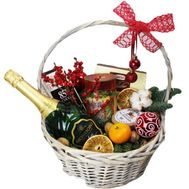 Basket for the New Year with sweets - flowers and bouquets on df.ua