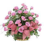 Basket of pink roses - flowers and bouquets on df.ua