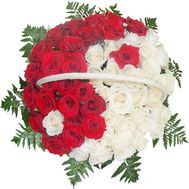 Red and white roses in a basket - flowers and bouquets on df.ua