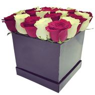 Square box with white and red roses - flowers and bouquets on df.ua