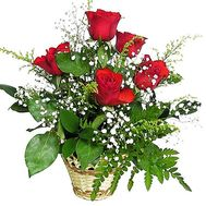 A small basket of roses - flowers and bouquets on df.ua