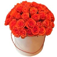 Orange roses in a hat box - flowers and bouquets on df.ua