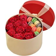 Roses in a Box with Pasta - flowers and bouquets on df.ua