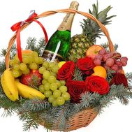 Champagne and fruits in the basket for the New Year - flowers and bouquets on df.ua
