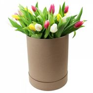 Tulips in a Hat Box - flowers and bouquets on df.ua